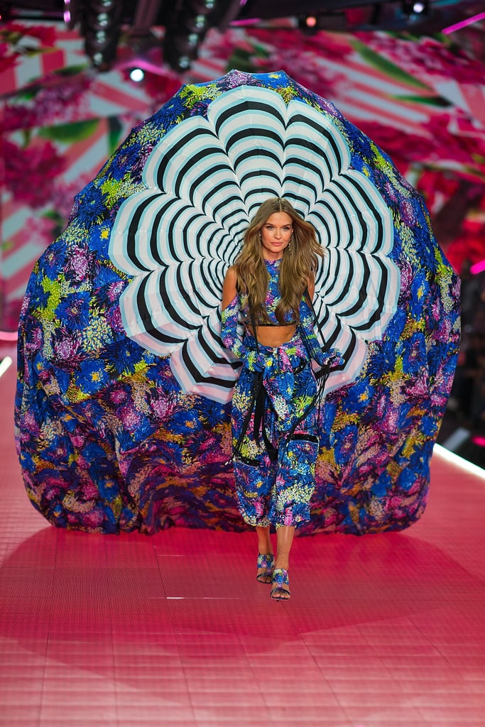 Mary Katrantzou s Collection on the Victoria s Secret Runway on ZIG 4500e94b8