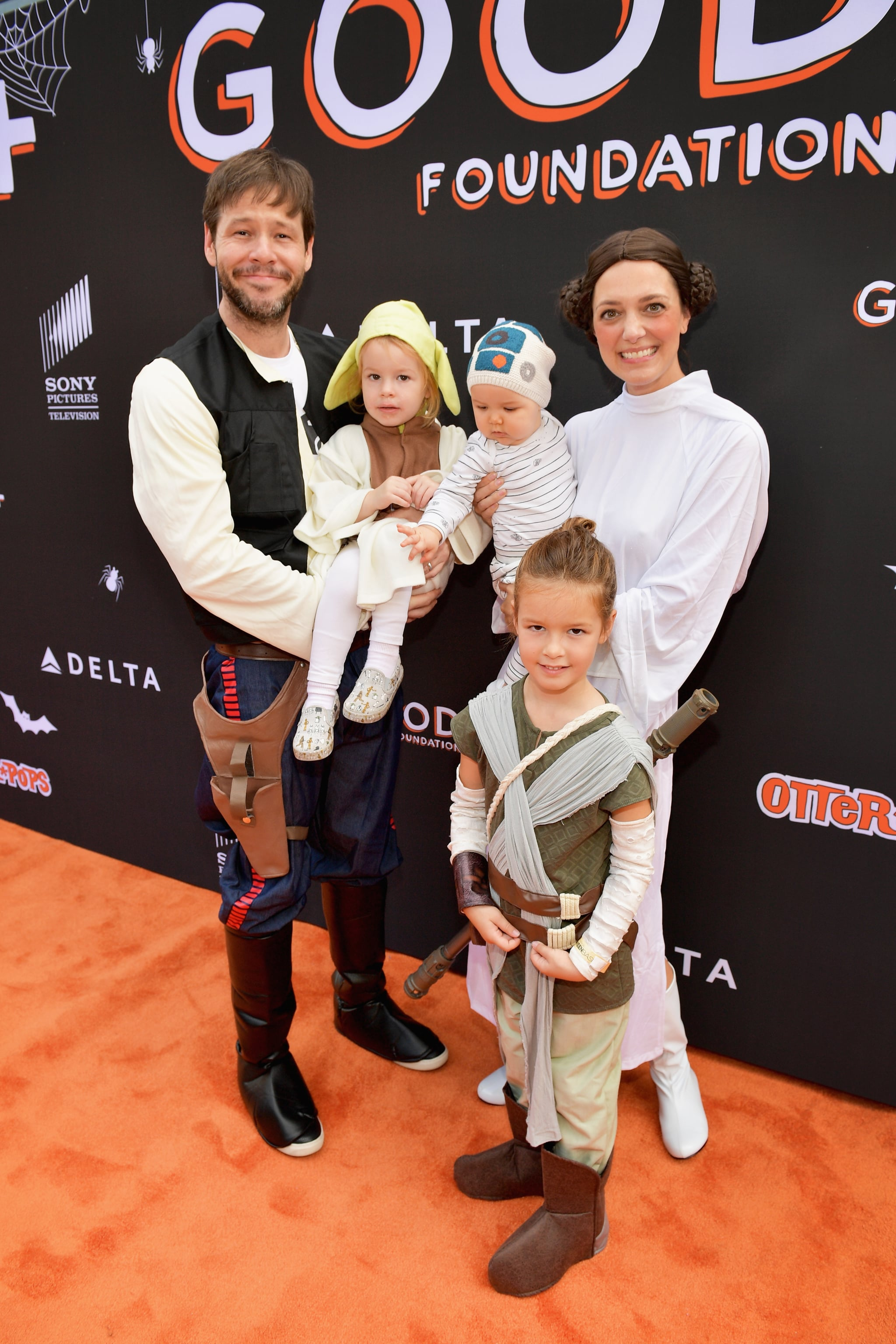 CULVER CITY, CA - OCTOBER 28: (L-R) Ike Barinholtz, Erica Hanson, Payton June Barinholtz and Foster Barinholtz attends the 2018 GOOD+ Foundation's 3rd Annual Halloween Bash presented by Delta Air Lines and Otter Pops on October 28, 2018 in Culver City, California.  (Photo by Matt Winkelmeyer/Getty Images for Good+ Foundation)