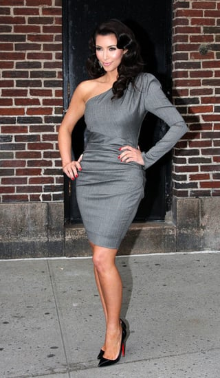 Kim Kardashian poses and signs autographs before appearing to ''The Late Show with David Letterman''