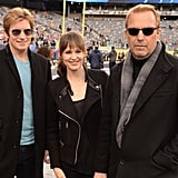 Denis Leary, Jennifer Garner, and Kevin Costner posed together before the game.