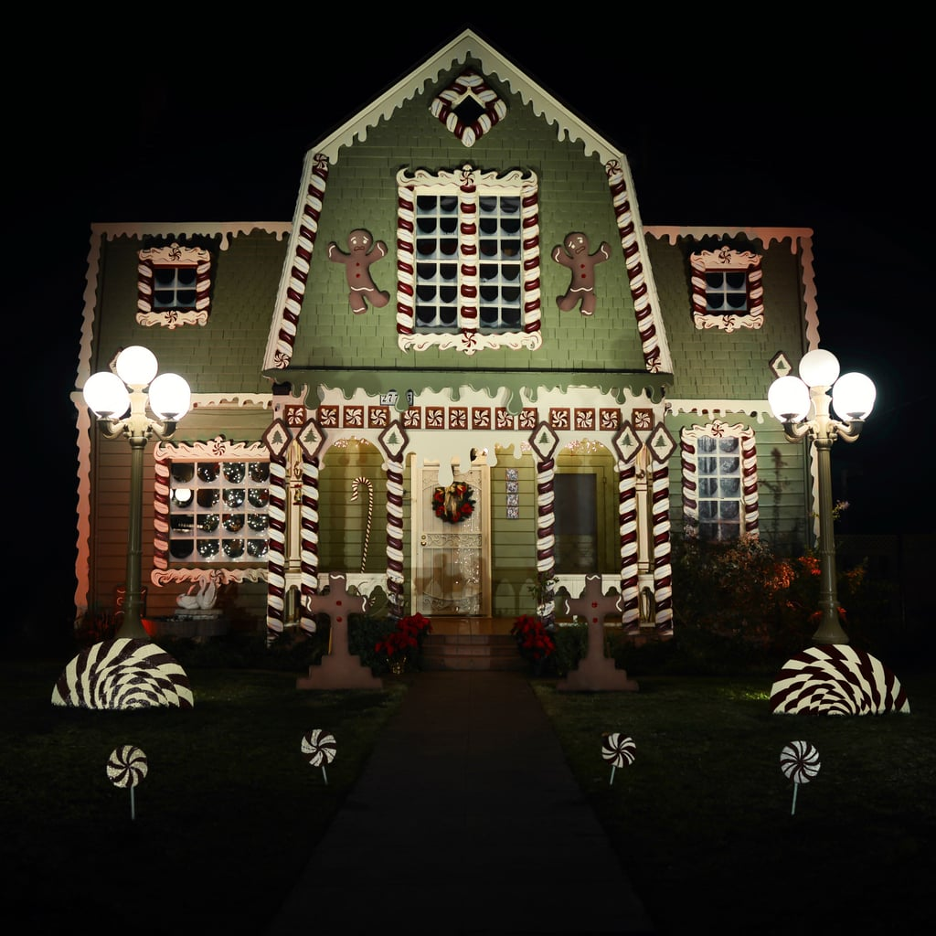 Real life gingerbread house popsugar home for Decoration de maison pour noel