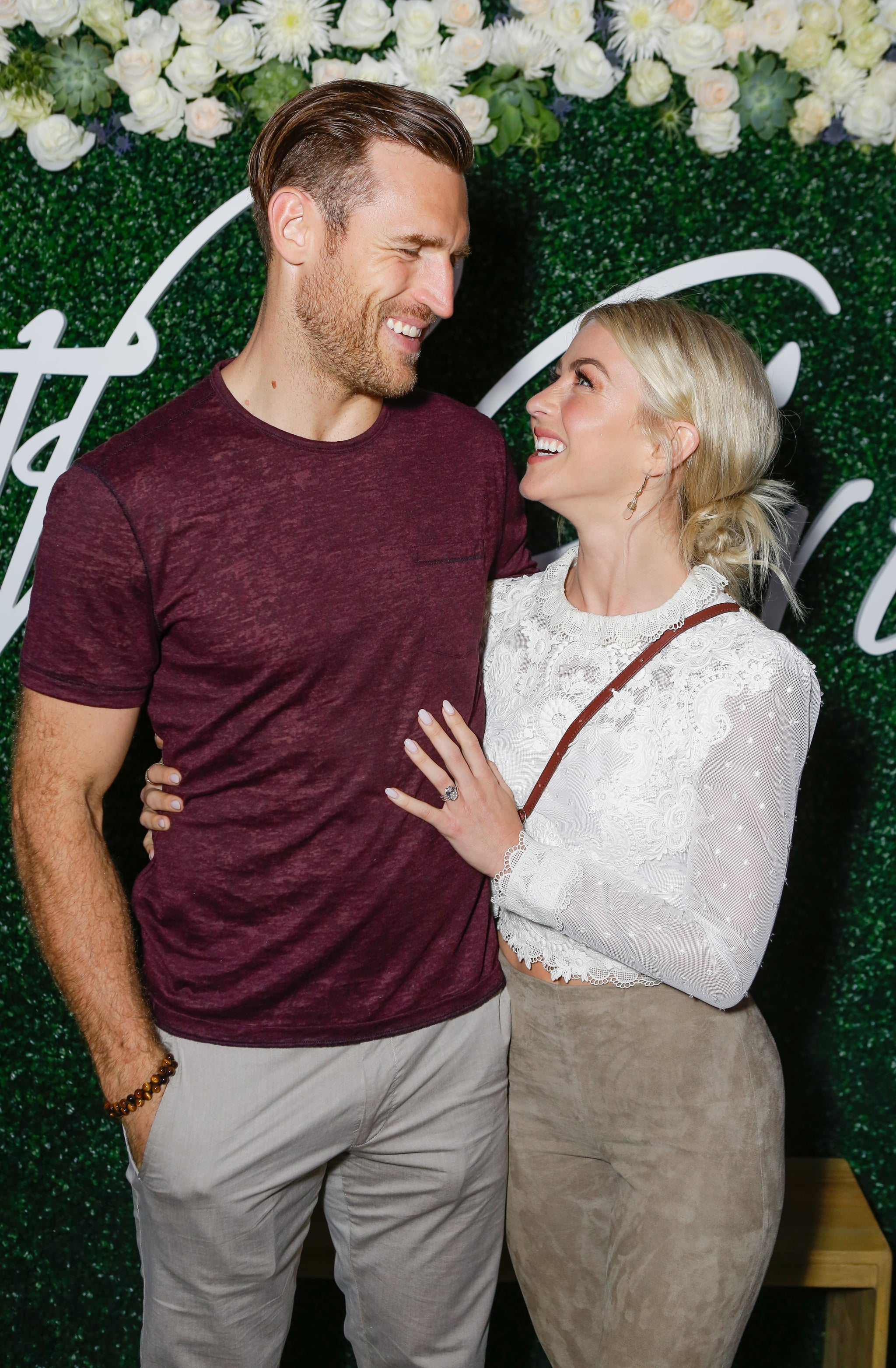 LOS ANGELES, CA - OCTOBER 12:  Brooks Laich and Julianne Hough attend the Paint & Sip & Help event to Benefit Children's Hospital Los Angeles hosted by The Grove on October 12, 2017 in Los Angeles, California.  (Photo by Tiffany Rose/Getty Images for Caruso)