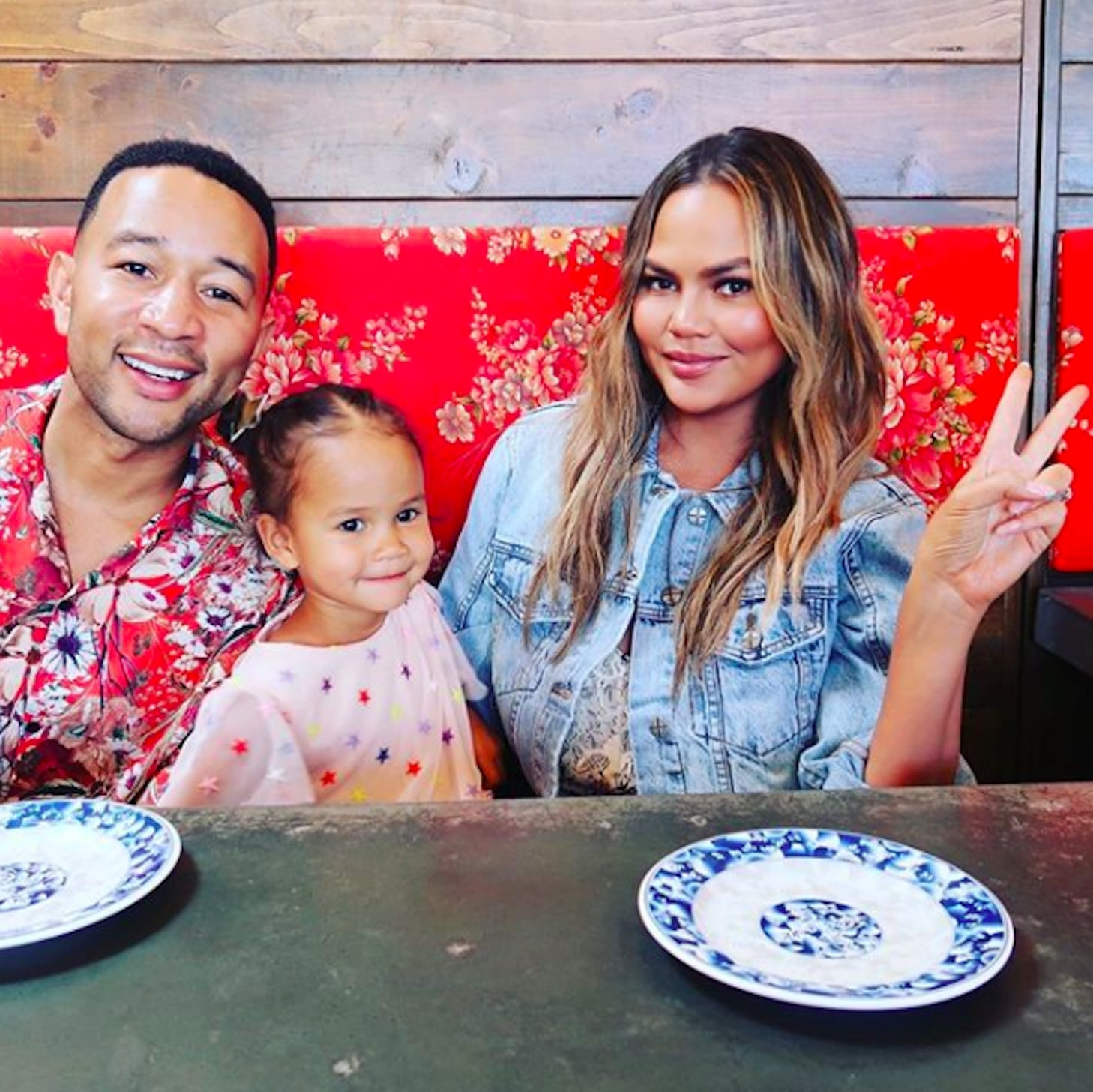 Chrissy Teigen and Luna Legend Manicure | POPSUGAR Beauty UK