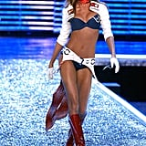 Gisele Bündchen's Last Victoria's Secret Fashion Show Runway Walk in 2006