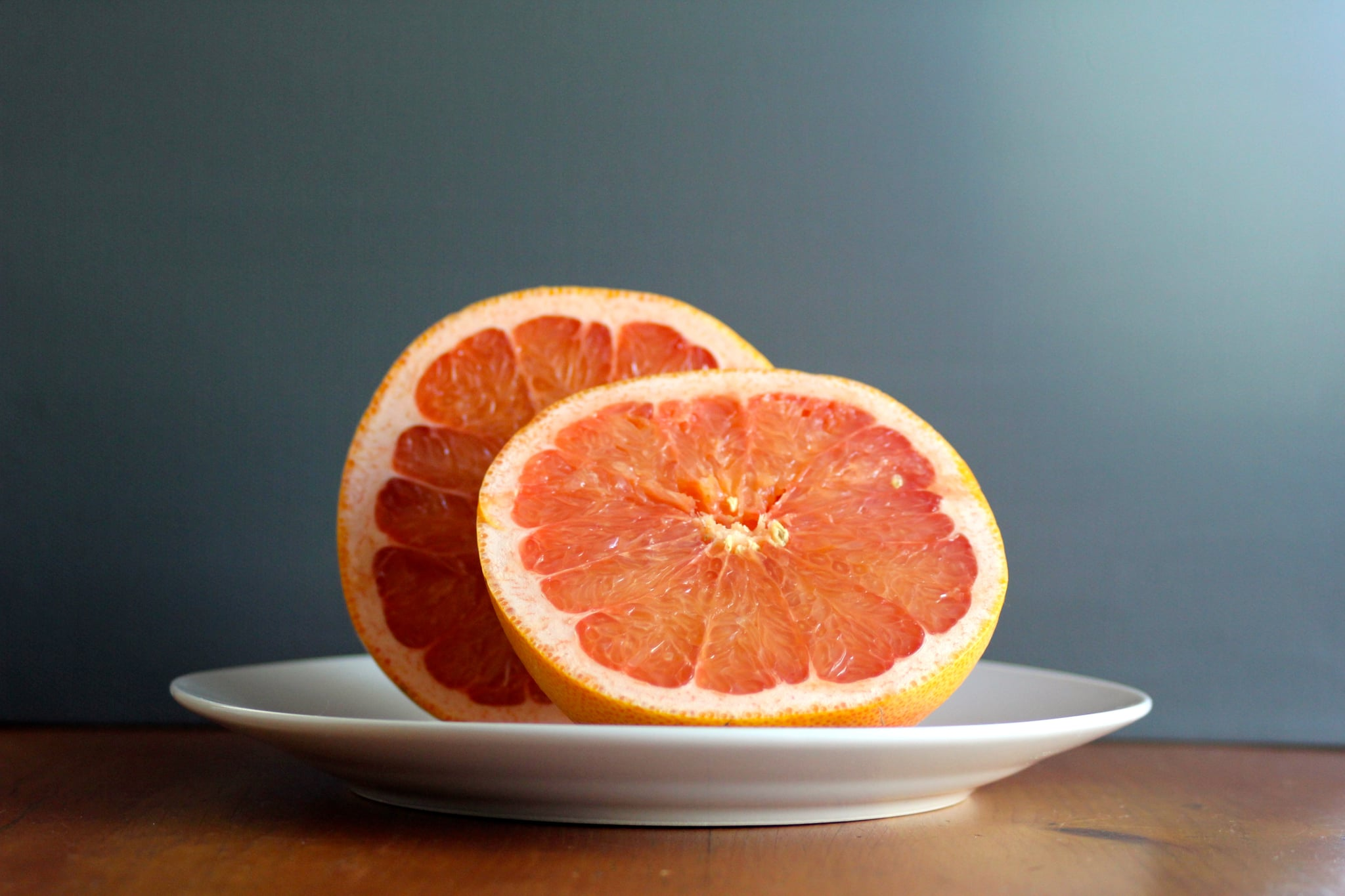 Is it possible to lose weight with a grapefruit: the benefits and harm of fruit