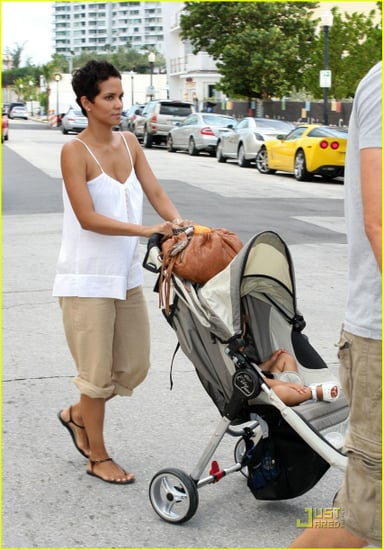 halle and nahla out and about