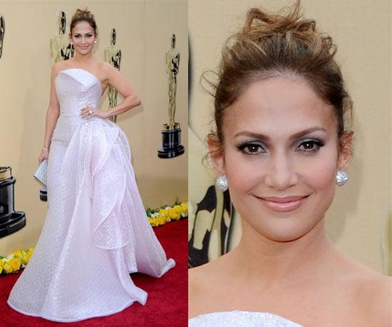 Jennifer Lopez at 2010 Oscars 2010-03-07 17:19:22