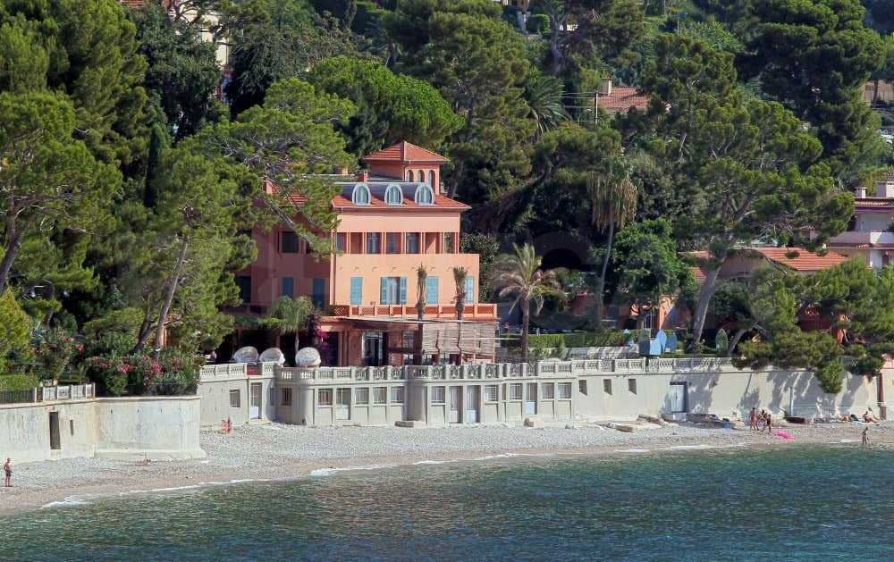 Lake Como villa is a popular vacation destination for the Hollywood elite.