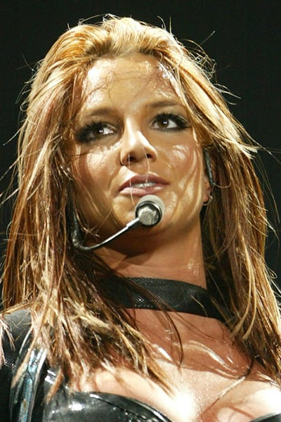April 2004: UK Onyx Hotel Tour in London