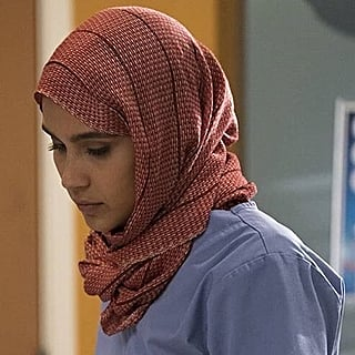 Grey's Anatomy Character Removes Hijab: Twitter Reactions
