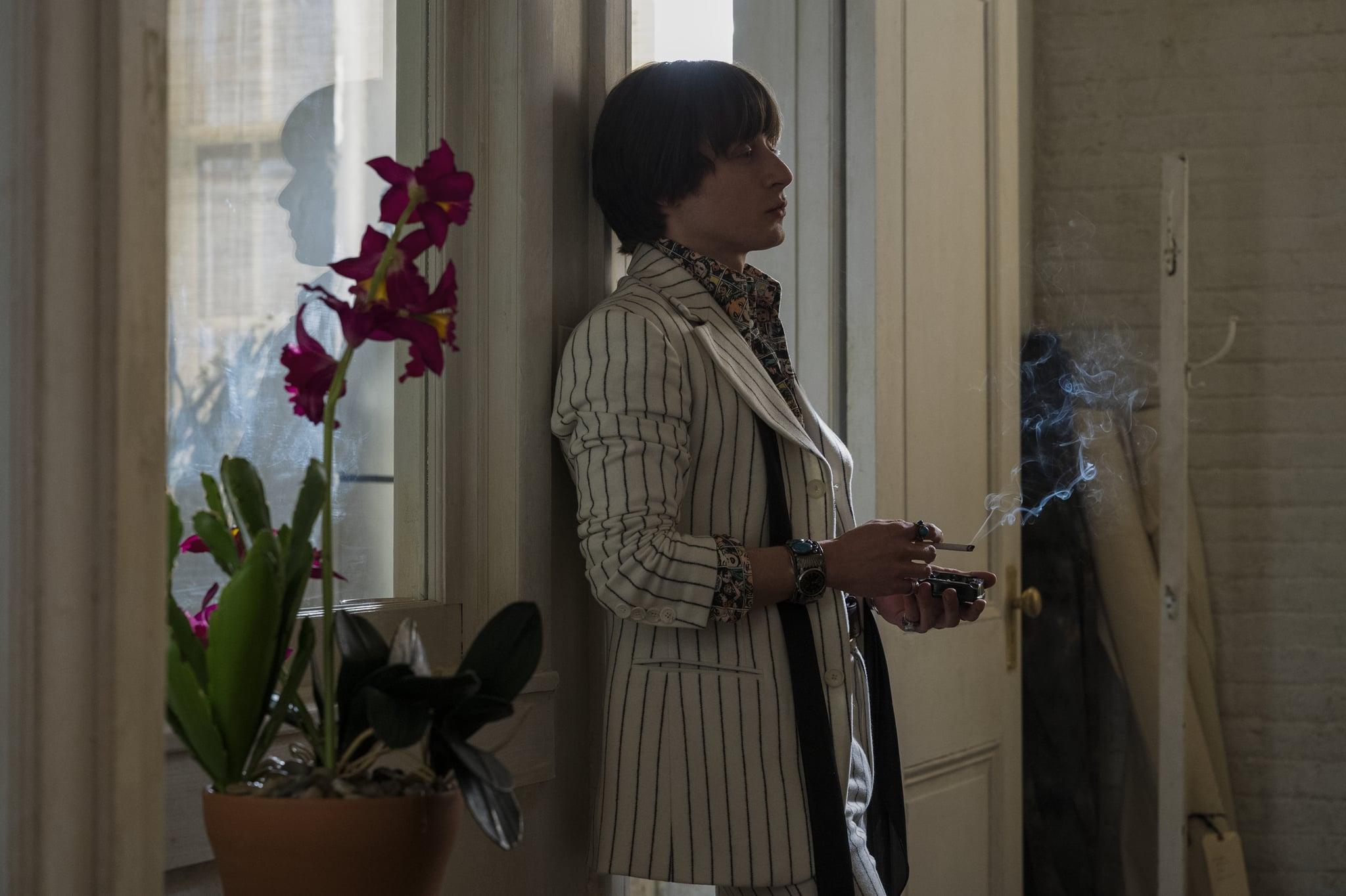 HALSTON (L to R) RORY CULKIN as JOEL SCHUMACHER in episode 101 of HALSTON Cr. JOJO WHILDEN/NETFLIX  2021