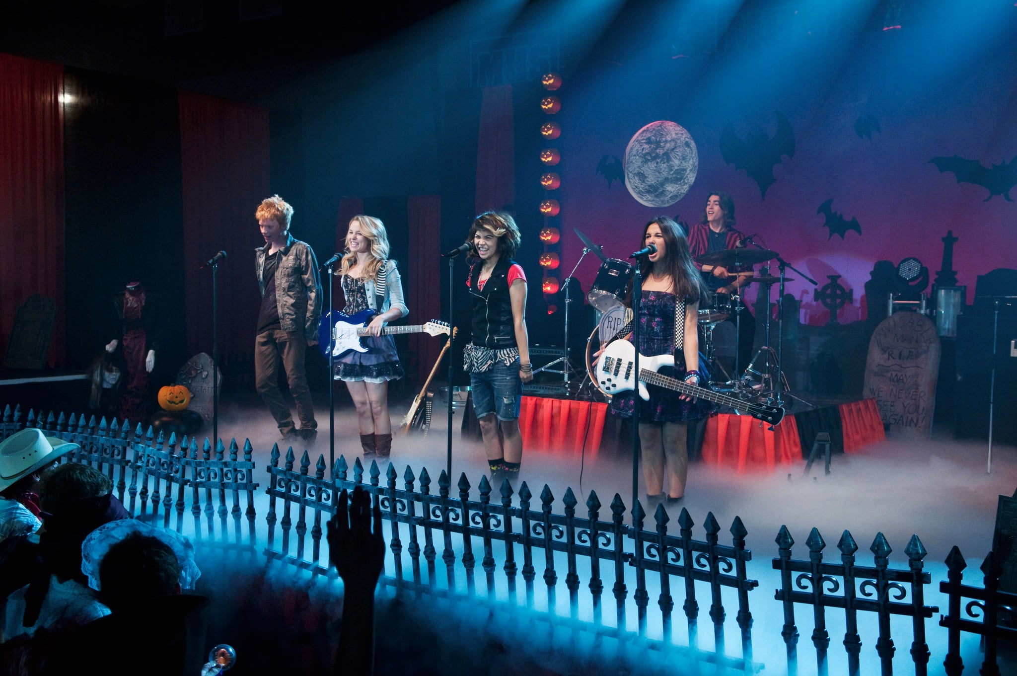LEMONADE MOUTH, (from left): Adam Hicks, Bridgit Mendler, Hayley Kiyoko,  Naomi Scott, Blake Michael, (Season 1), 2011-. photo: Coleen Hayes /  Disney Channel / Courtesy: Everett Collection