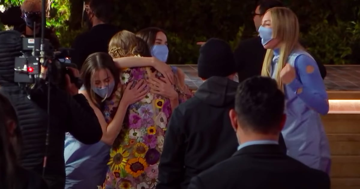 Find Best Friends Who Will Support You Like Haim Did For Taylor Swift at the Grammys