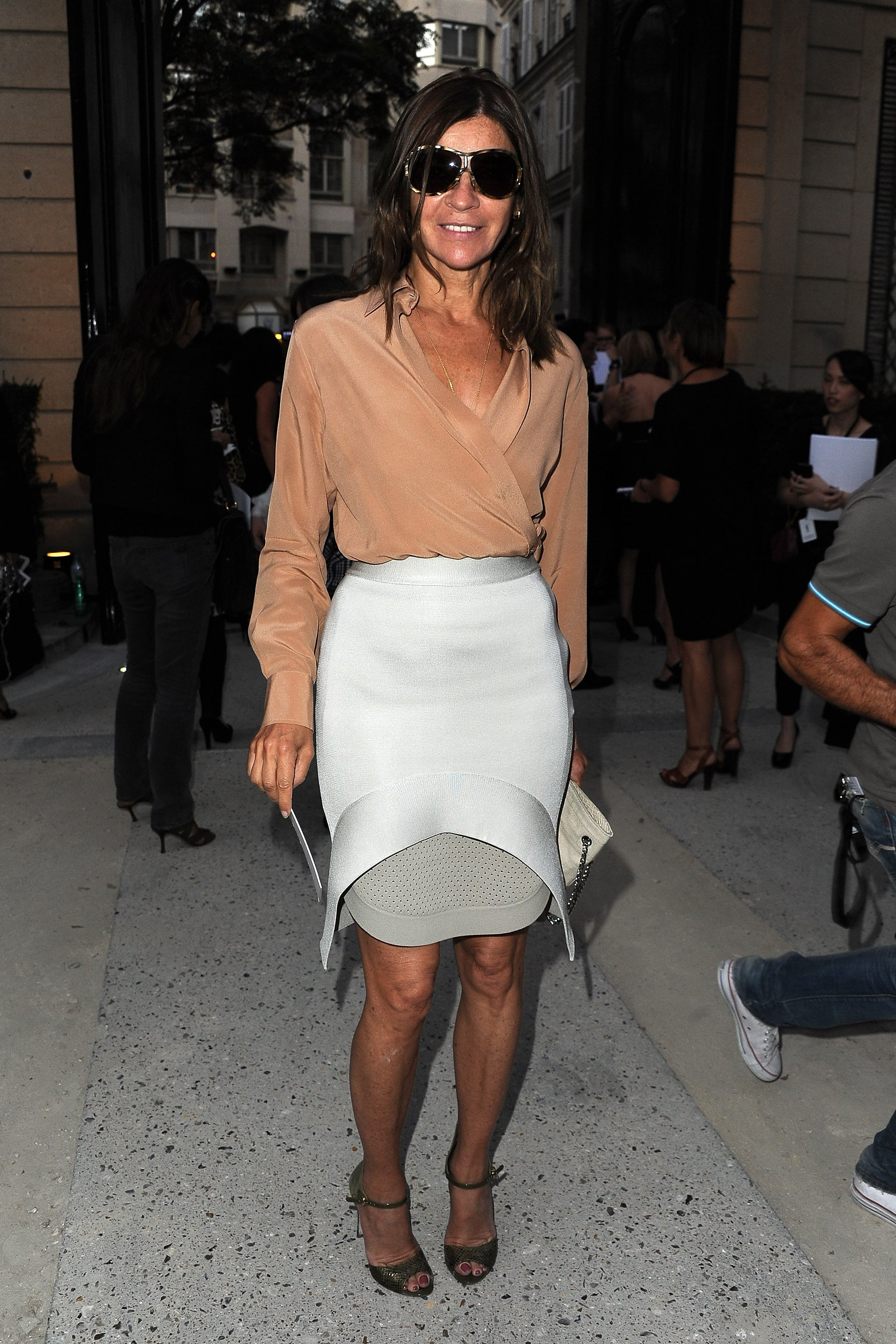 Paris Fashion Week Quiz Time Can You Guess Which Designer Carine Roitfeld S Hot Off The Runway Look Is From Popsugar Fashion Australia