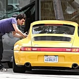 Orlando Bloom Shows Off His Backside Prior to Returning to His Doctorly Duties