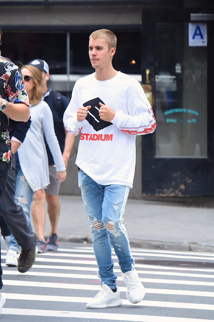 Justin Matching His Sneakers To His Shirt