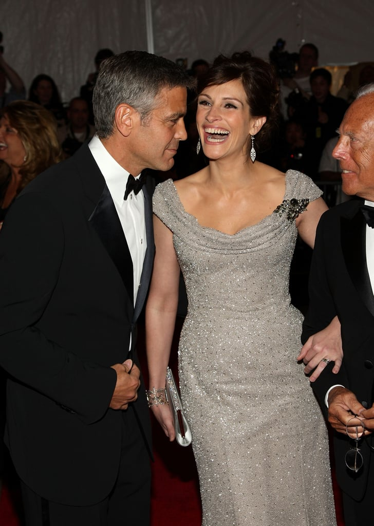 Photos of BFFs George Clooney and Julia Roberts That'll Make You Want in on the Joke Julia-Roberts-George-Clooney-Friendship-Pictures