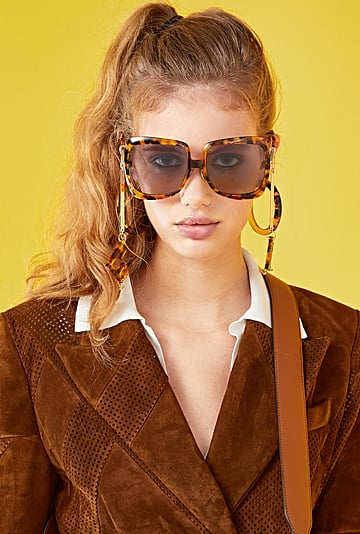 How to Wear Oversize Sunglasses
