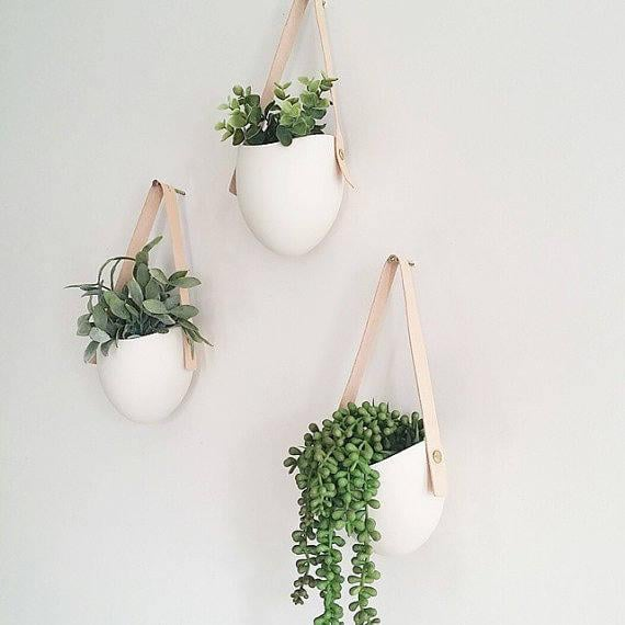 Set of 3 Spora With Leather Porcelain Hanging Planters