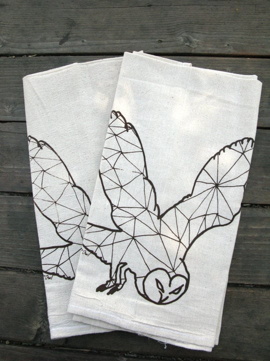 This owl gets a geometric breakdown in the Geometric Owl Tea Towel ($14) (and it's organic).