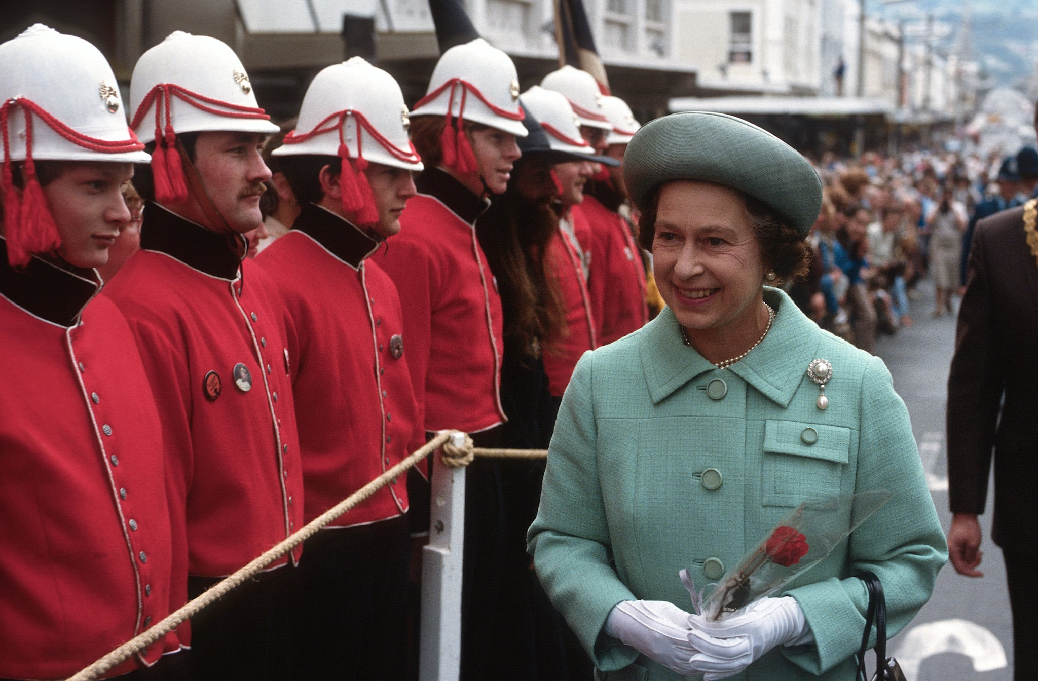 NEW ZEALAND - OCTOBER 01:  Queen Elizabeth ll smiles during an inspection as she tours New Zealand on October 01, 1981 in New Zealand. (Photo by Anwar Hussein/Getty Images)