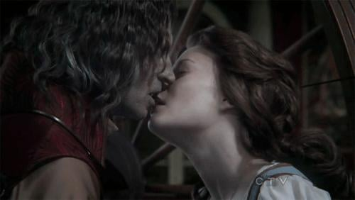 Related:Rumple and Belle's Twisted and Sweet Romance Evolution