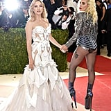 2016's Met Gala featured a cute moment between Kate Hudson and Lady Gaga.