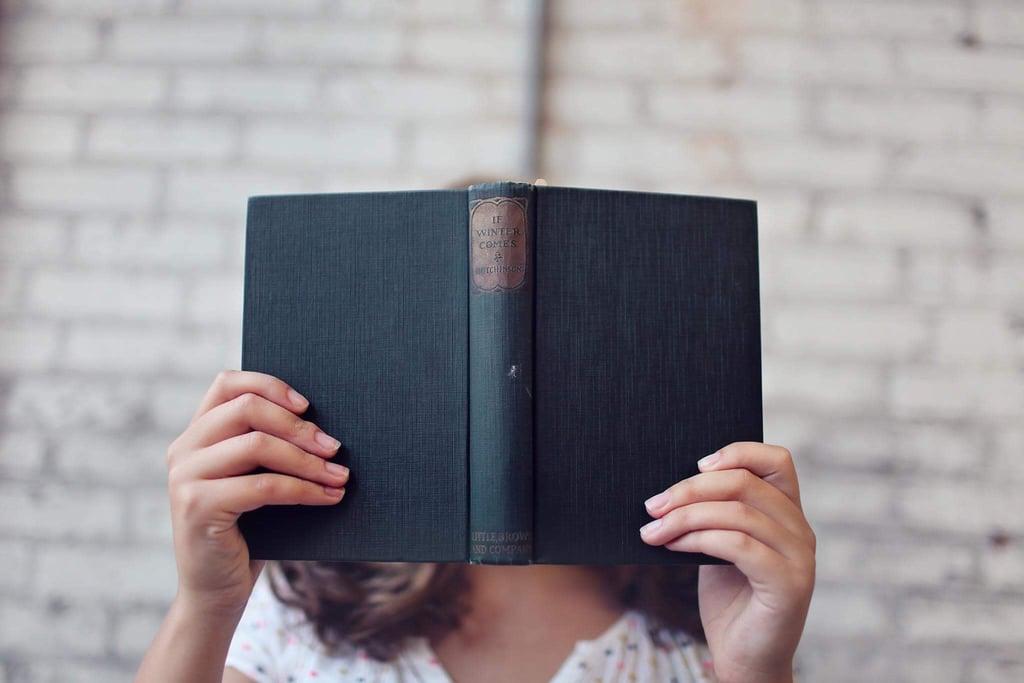 أعيدي قراءة جميع الكتب التي أُجبرتِ على قراءتها في المدرسة الثانويّة