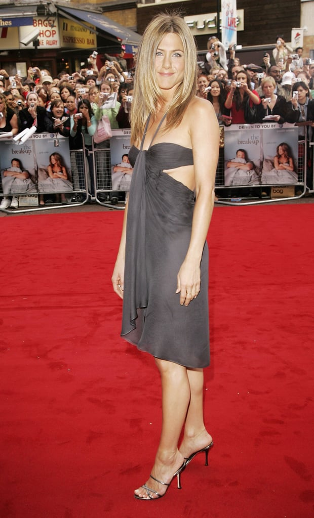 Jennifer Aniston in Versace at the London Premiere of The Break-Up