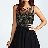 Boohoo Damen Farrah Chiffon-kleid Mit Blumenmuster In Metallic-optik in Schwarz