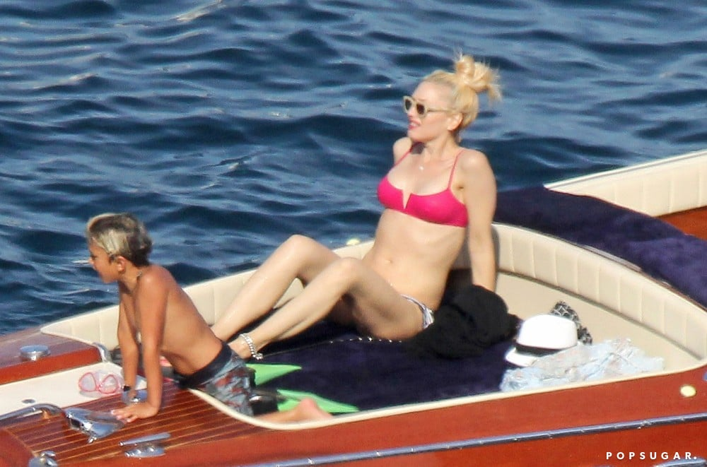 Gwen Stefani showed off her bikini body on a boat with her son Kingston while vacationing in the South of France.