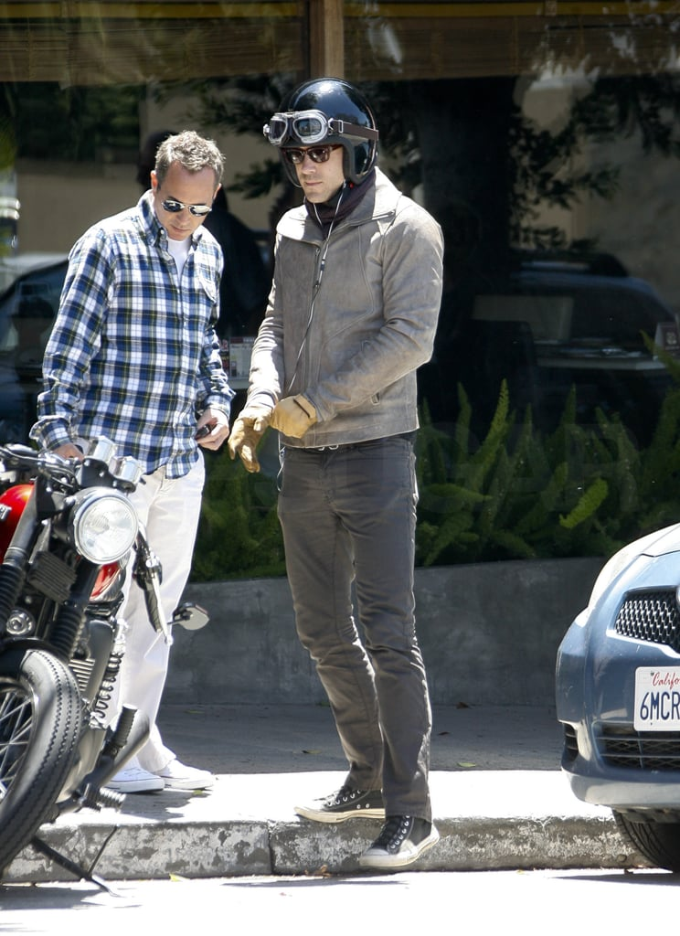 Ryan Reynolds hopped on his motorcycle after lunch with a guy friend in LA yesterday. The actor arrived back in California just a few days ago, and it seems he's able to enjoy some downtime between promotional duties for his upcoming blockbuster. The latest Green Lantern trailer shows Ryan with his costars Blake Lively and Peter Sarsgaard, and we're sure to see lots more of the trio, including appearances at the MTV Movie Awards, before the film debuts on June 17. Ryan's extra busy lately with the recent launch of his TV production company DarkFire, and he has another film on the way with August's The Change-Up alongside Jason Bateman.