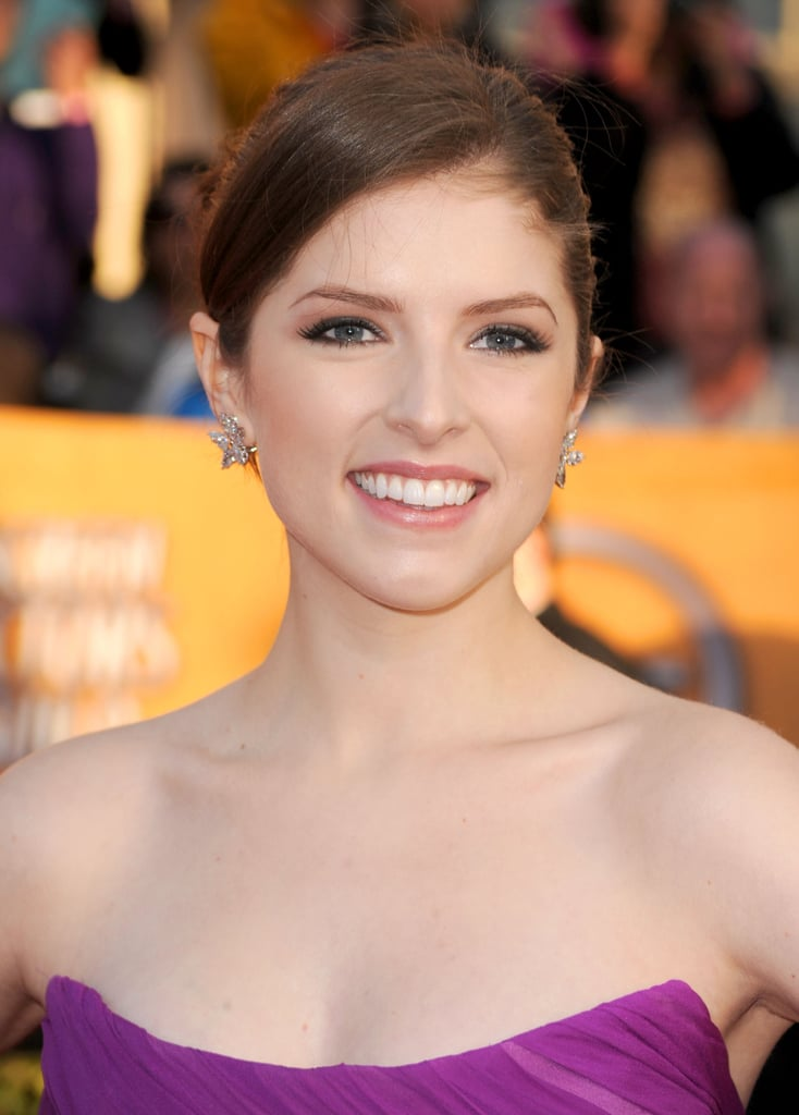 Photos of Anna Kendrick at the 2010 Screen Actors Guild Awards