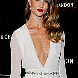 Rosie Huntington-Whiteley completes an elegant look with an equally elegant Chopard pendant necklace.