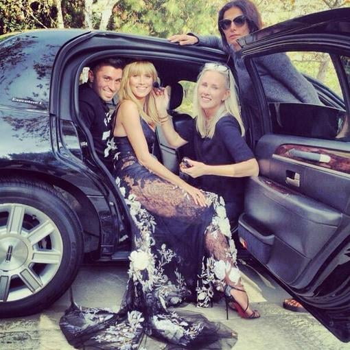 Heidi Klum posed alongside her glam squad. Source: Twitter user heidiklum
