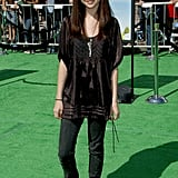 Selena showed up at the Shrek the Third LA premiere in 2007 sporting the look with flats.