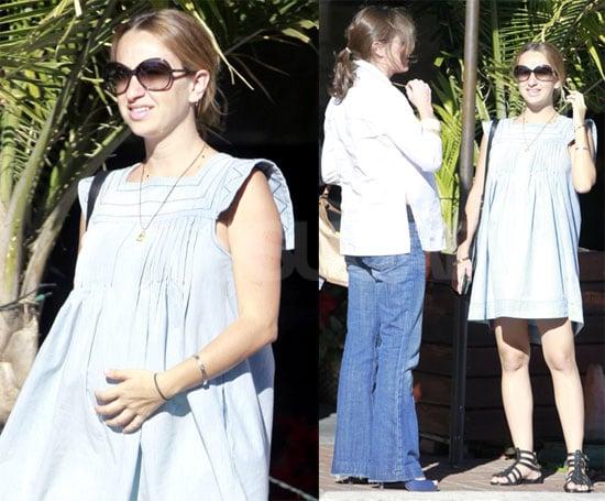 Photos of Jennifer Meyer Shopping