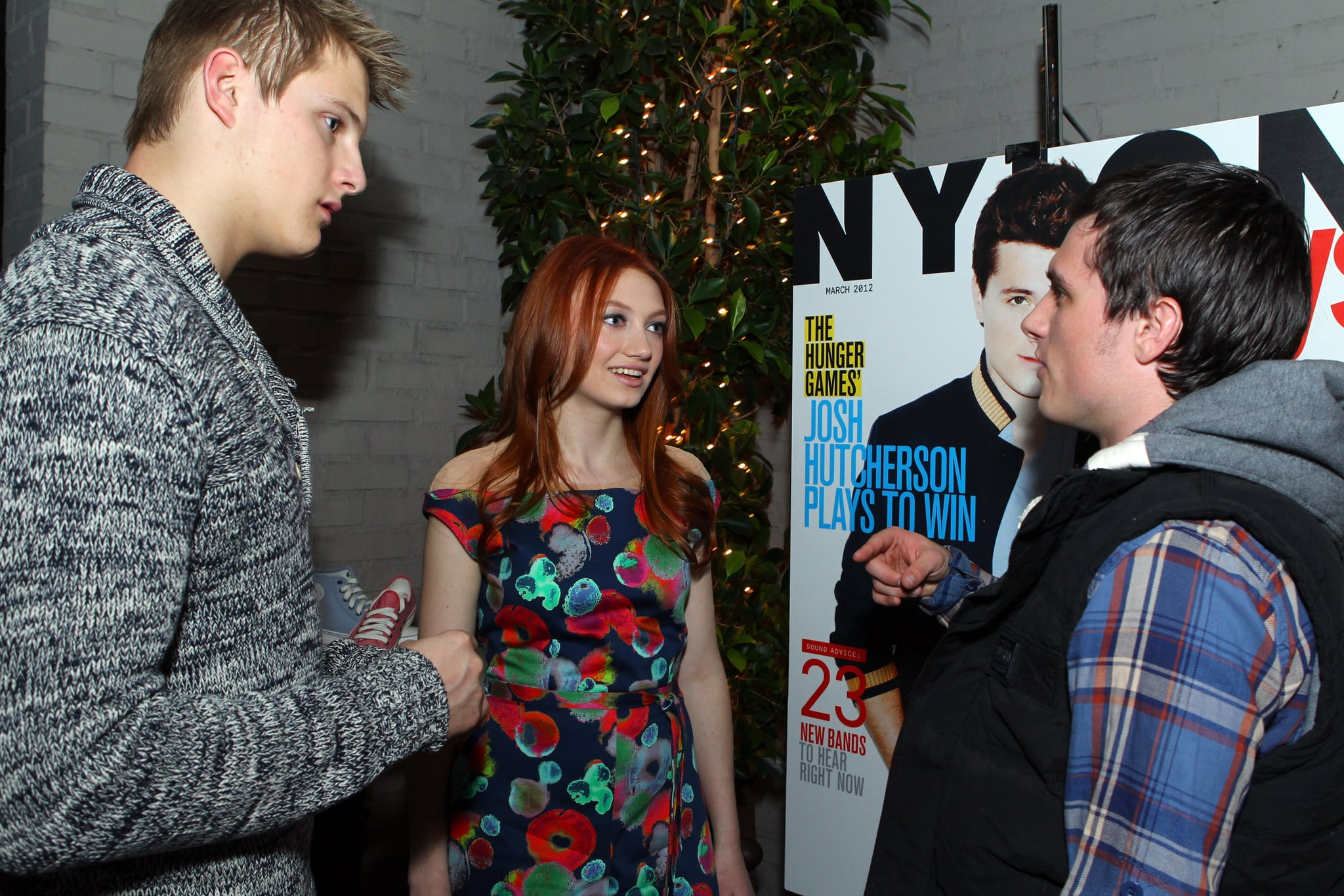 Josh Hutcherson had a chat with his costars Alexander Ludwig and Jacqueline Emerson before sitting down for dinner.