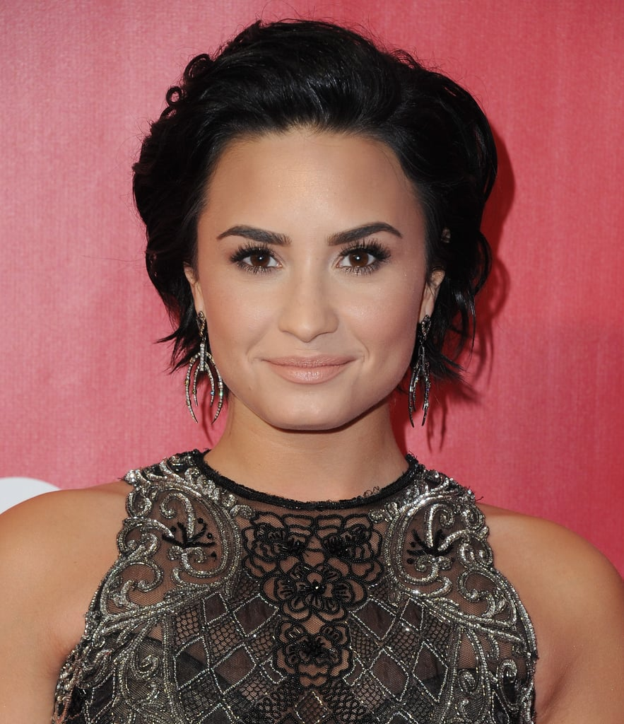 demi lovato new hair style haircuts for autumn 2016 popsugar australia 7290