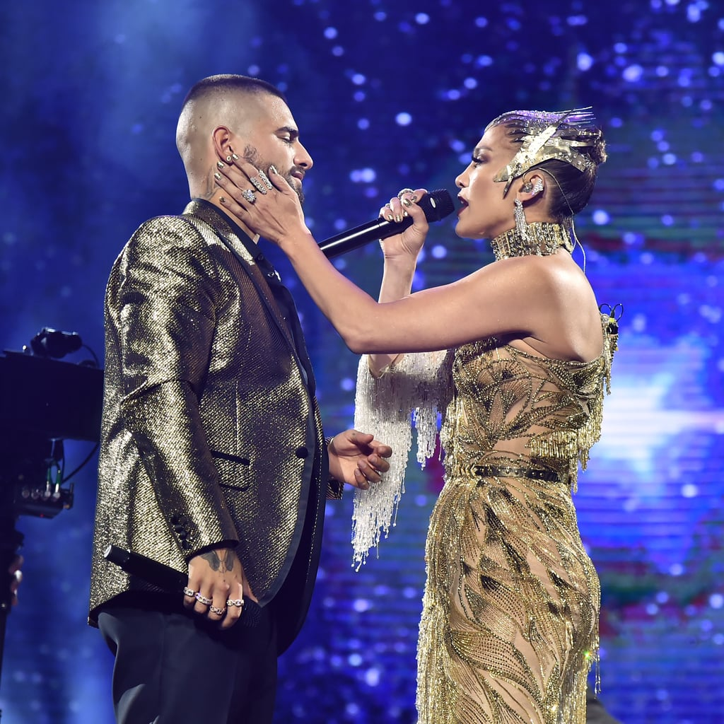 "Jennifer Lopez Sings ""No Me Ames"" With Maluma in NYC 