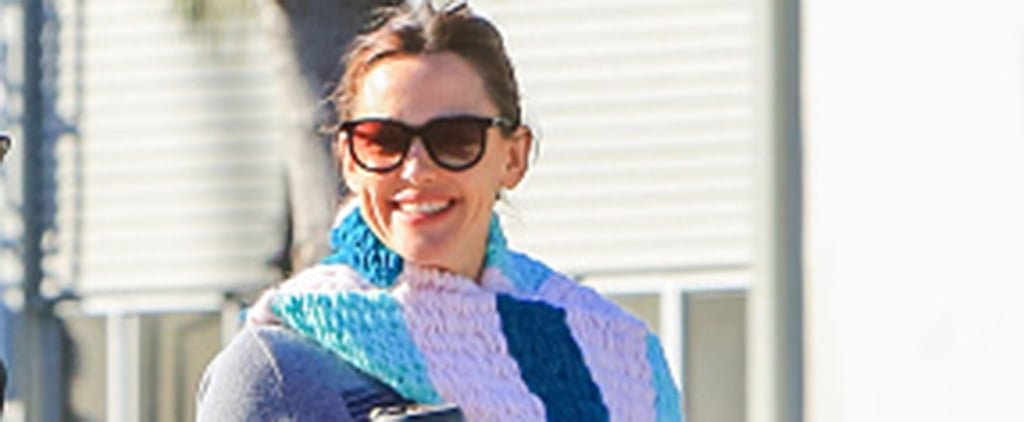 Jennifer Garner's Long Scarf Knit by Her Daughter April 2018