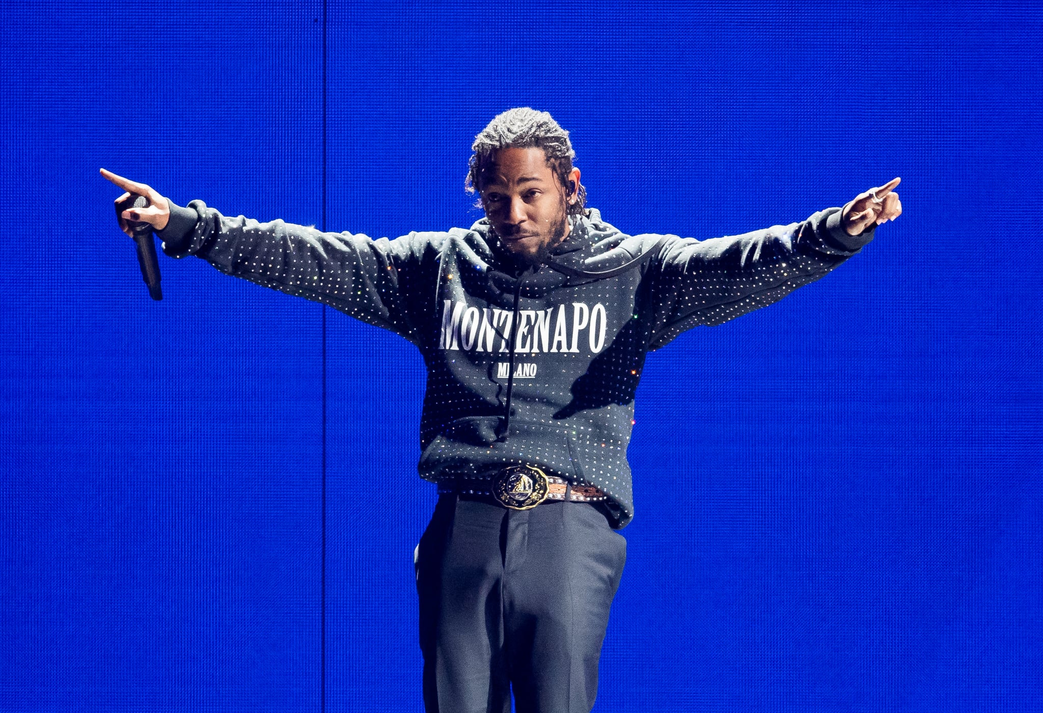 LONDON, ENGLAND - FEBRUARY 21:  *** EDITORIAL USE ONLY IN RELATION TO THE BRIT AWARDS 2018 *** Kendrick Lamar performs at The BRIT Awards 2018 held at The O2 Arena on February 21, 2018 in London, England.  (Photo by Samir Hussein/Samir Hussein/WireImage)