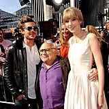 Danny DeVito was in the middle of a Zac Efron and Taylor Swift sandwich.