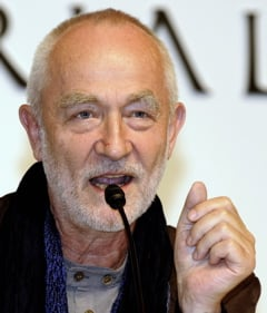 Swiss Architect Peter Zumthor Wins Pritzker Prize