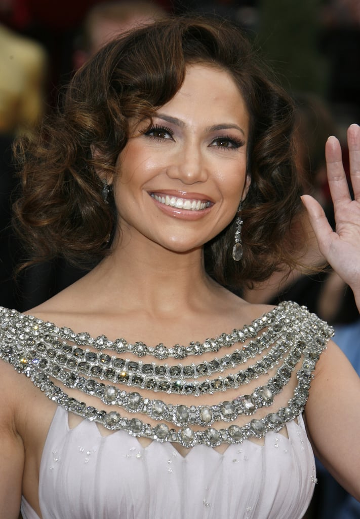 Jennifer Lopez's Curly Bob Haircut in 2007