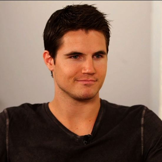 Robbie Amell as Stephen Jameson - The Tomorrow People ...