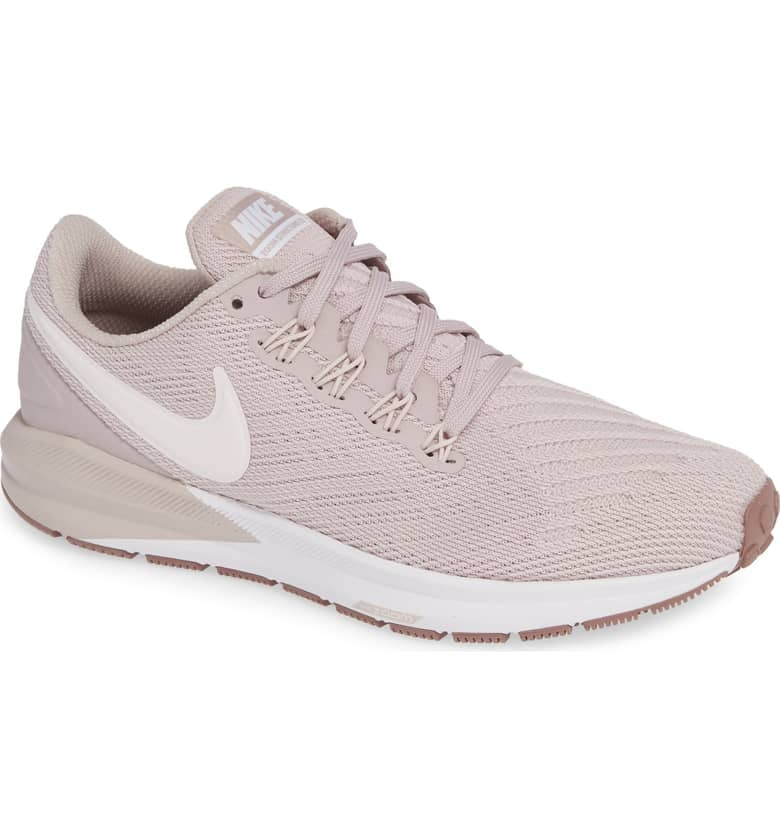 Nike Air Zoom Structure 22 Sneaker