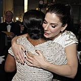 Sandra Bullock gave Octavia Spencer a hug backstage.