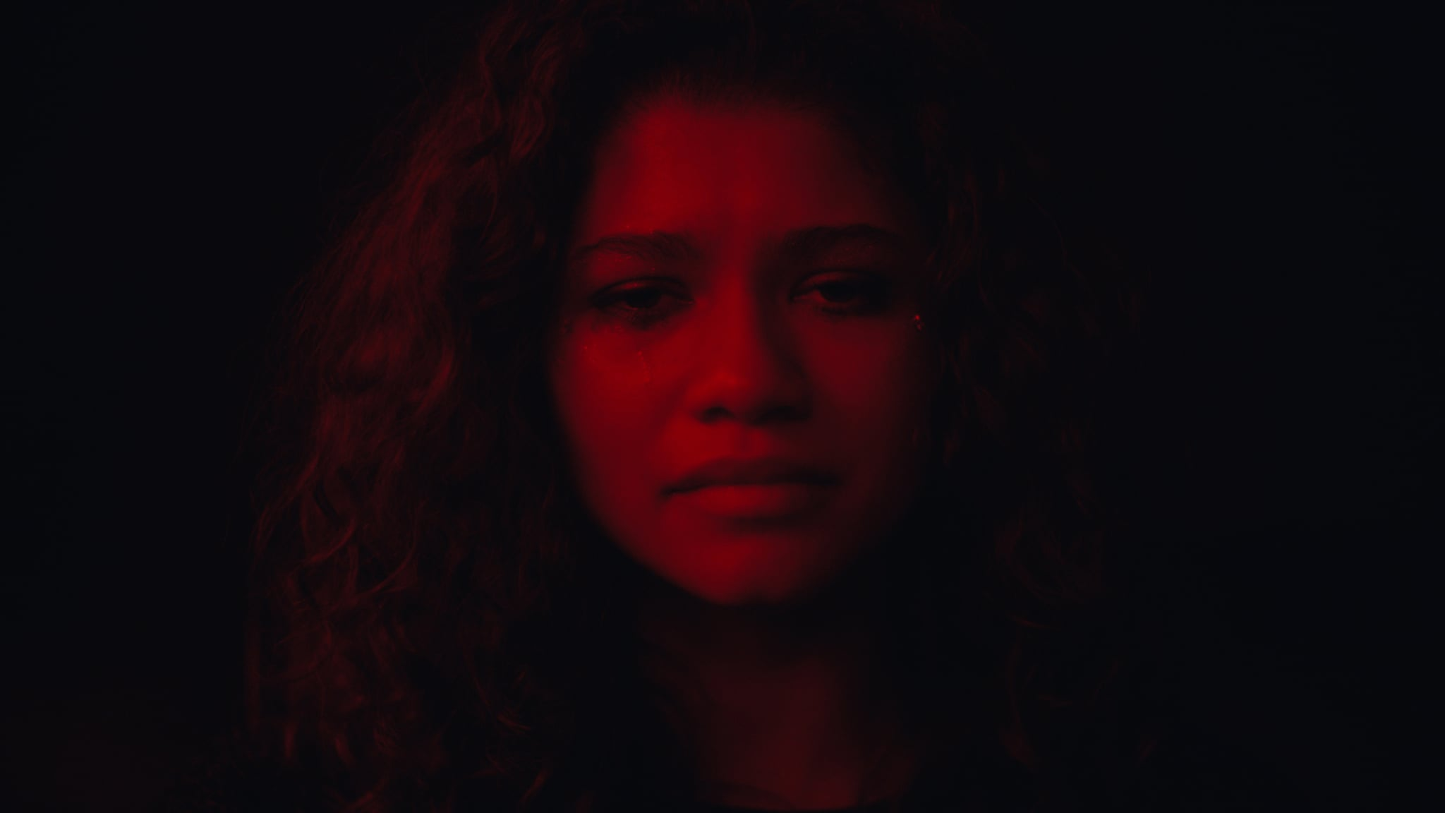Euphoria's Season Finale Gives Us a Glimpse at How Rue's Drag Addiction Started