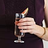 Am Abend: Verzichtet auf Alkohol